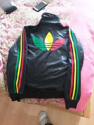 Chaqueta adidas, colores de Jamaica, talla S