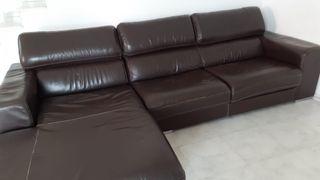 sofá de piel con cherlong