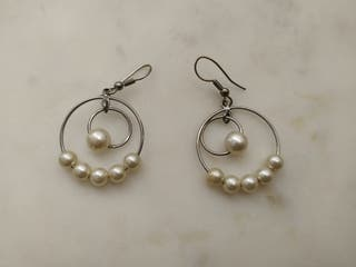 Pendientes de aro con perlas