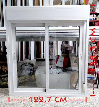 Ventana corredera 122,7 x 138,3 cm Aluminio
