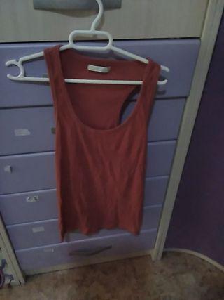 camiseta rosa básica tirantes