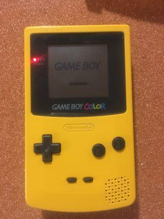 Consola game boy color amarilla