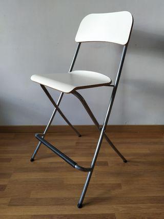 Taburete plegable Ikea