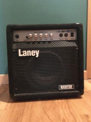 Amplificador de bajo Laney RB1