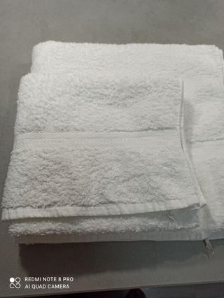 2 toallas ducha+1 toalla lavabo