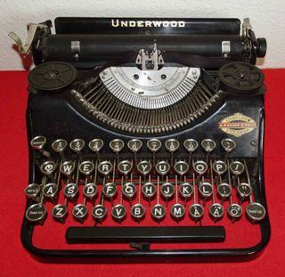 Máquina de escribir UNDERWOOD, c1925