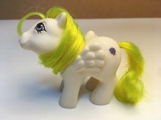 Mi pequeño pony bebé Surprise. Pegaso