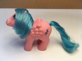Mi pequeño pony bebé Firefly. Pegaso