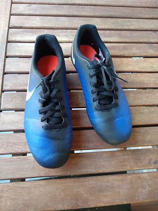 Botas de fútbol talla 37.5
