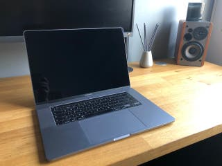 "MacBook Pro 16"" i9"