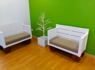 Bancos jardín,bebé,sala de espera