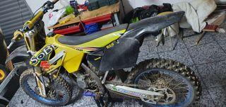 suzuki rmz 125 motocros