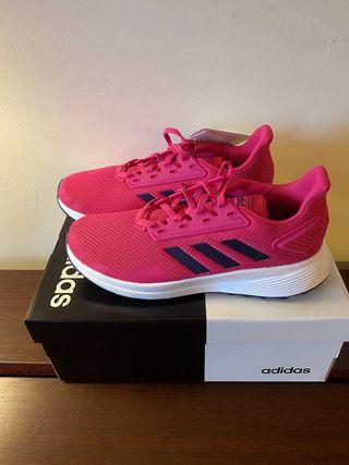 Zapatillas nuevas Adidas mujer talla 38.5