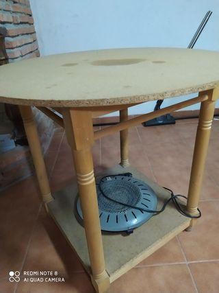 Mesa camilla con brasero.