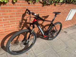 Bicicleta MTB Savannah Venture high carbon 650