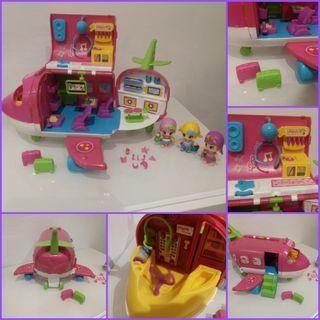 Avión Pinypon + 3 muñecas y accesorios