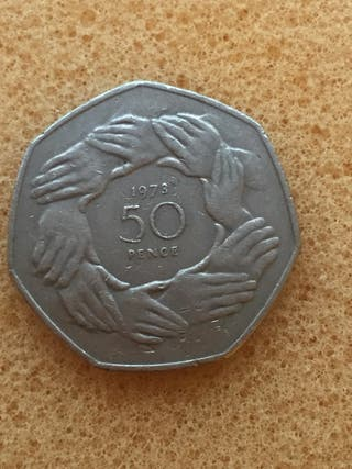 50p coin lager 1973. EU _ ring of hands.