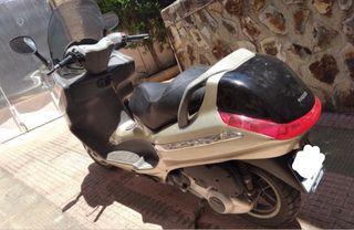 Piaggio x8 125, scooter, moto.