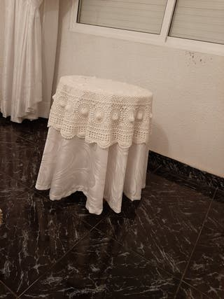 mesa de camilla pequeña