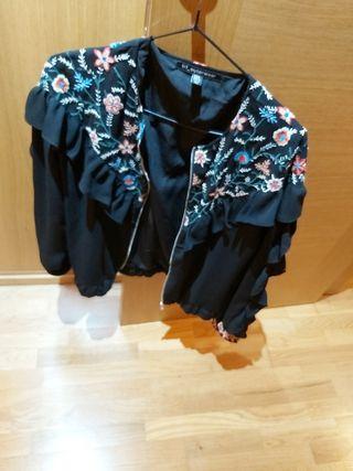 chaqueta Zara bordada