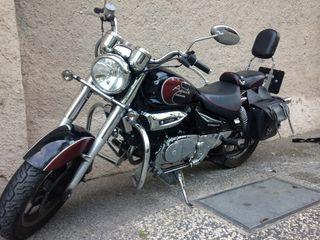 Hyosung Aquila 125 cc.