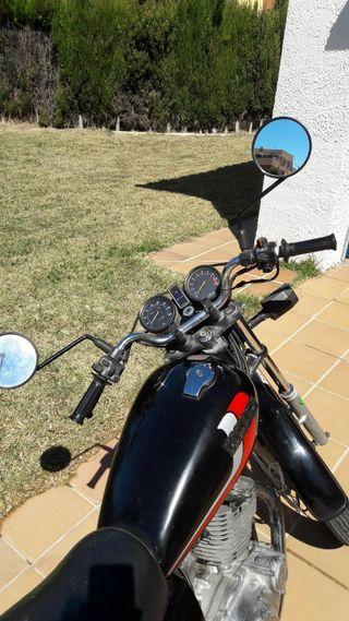 Vendo Yamaha 250cc