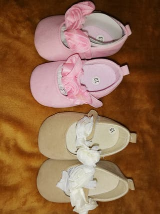 zapatos de bebé niña.