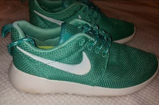 Zapatillas de deporte Nike.