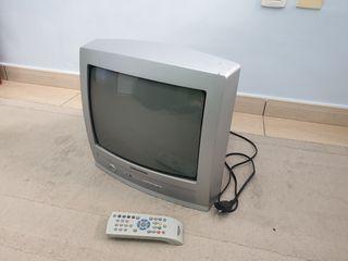 TV Grundig + TDT + Soporte