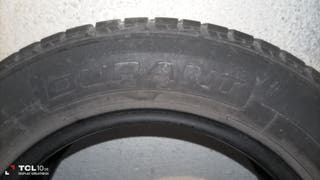 Rueda sin llanta del coche Citroen C3