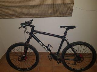 bicicleta talla L ruedas 29 en perfecto estado