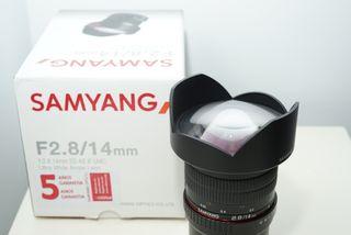 Samyang 14 mm montura Sony E