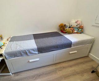 Cama doble-Diván (sin colchones) Brimnes Ikea URGE