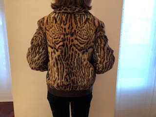 Cazadora de piel de leopardo vintage