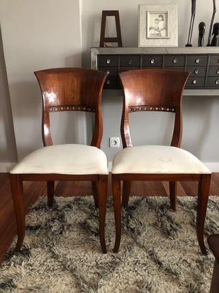Vendo 2 sillas de madera rusticas