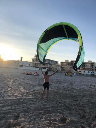 Cometa GA kite, 12 con barra y mochila.
