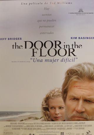PÓSTER THE DOOR IN THE FLOOR