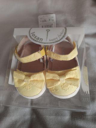 Zapato bebe niña talla 17