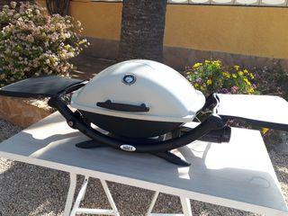 Barbacoa Weber 2200 + plancha