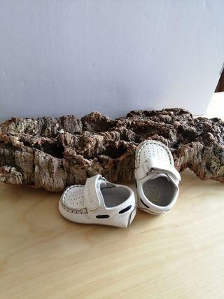 Zapatos bebé CHICCO