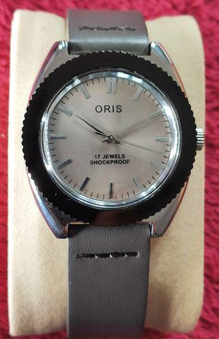 reloj mecánico oris