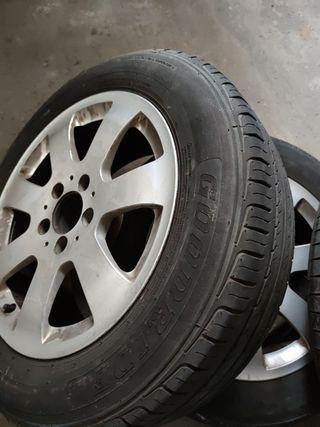 llantas con ruedas Mercedes
