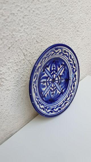 Platito Decó Azul Blanco Hand Made