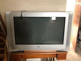Televisor SONY tubo