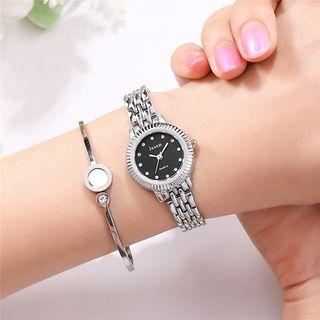 Reloj Color Plateado Para Mujer Cuarzo Negro. No I