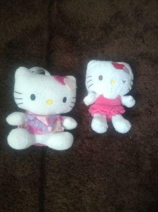 2 Peluches Hello Kitty