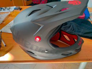 casco bici dh