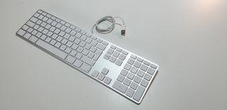 Apple keyboard con teclado numérico