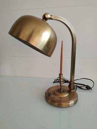 Lámpara antígüa de escritorio