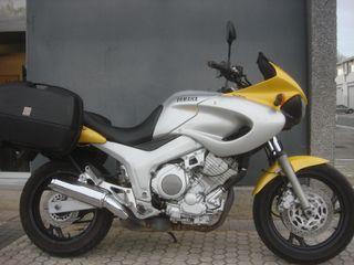 YAMAHA TDM850/96, 2.295€